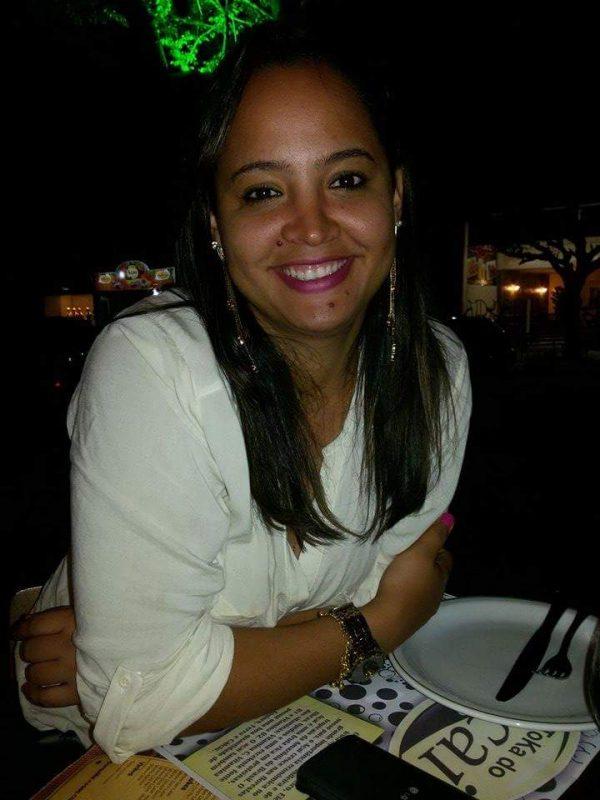 Emanuelle Gomes
